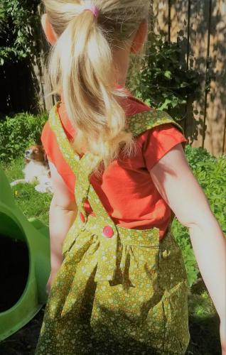 Soft Cactus, 100% katoen, 9 euro per meter, halve meter nodig voor dit jurkje
