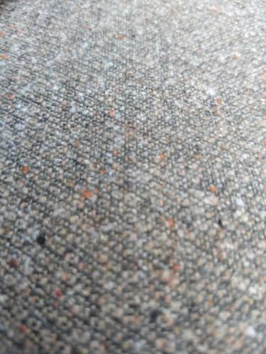 Mooi dikke stof  van la Maison Victor, mix van oa katoen, wol en polyester, 29,95 p.m.